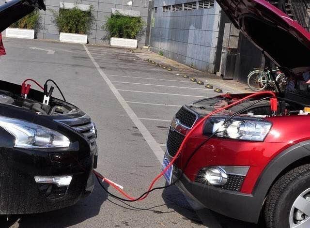 汽车外接电源搭线启动的具体步骤