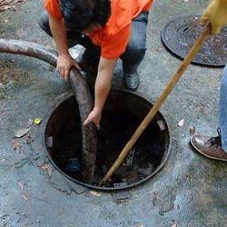 定期给管道疏通清洗的重要性