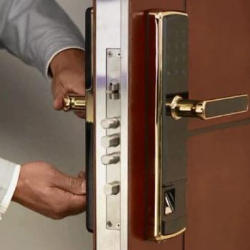 义乌指纹锁安装