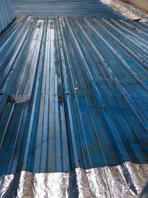 屋面使用防水卷材施工时的要点
