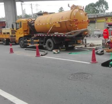 廉江市政管道疏通公司讲述疏通设备注意事项