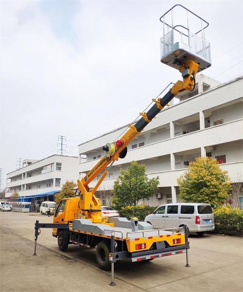 租赁高空作业平台车