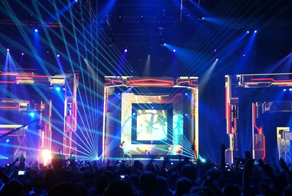 新疆舞台LED租赁显示屏价格