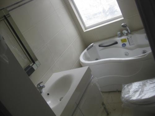洁裕卫浴安装好管家家政来帮忙