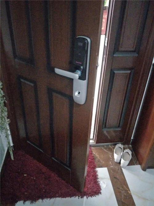 门禁电插锁的原理