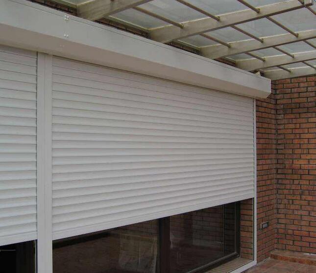 PVC快速卷帘门产品的结构特点