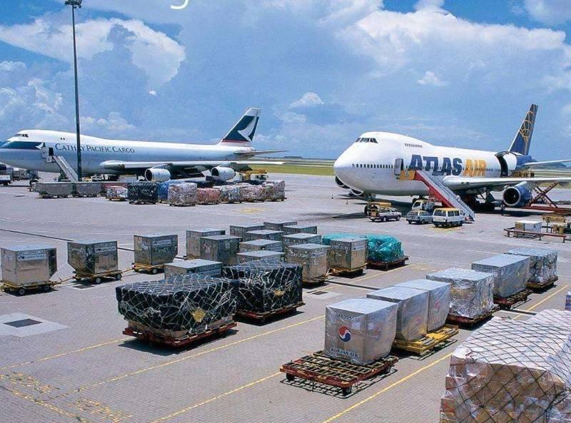 菲律宾空运 航空快件到门服务