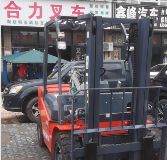桐庐叉车维修的专业性体现