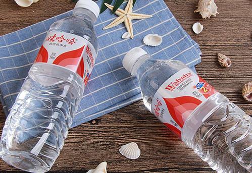 选择瓶装水怎么做