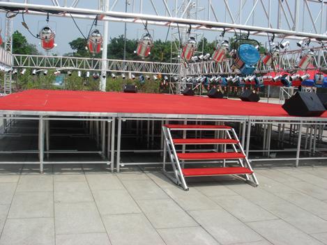 舞台的美观度和尺寸