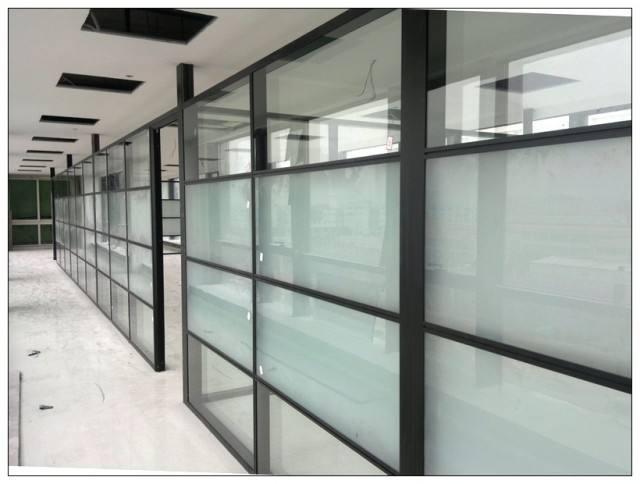 关于钢化玻璃允许自爆问题