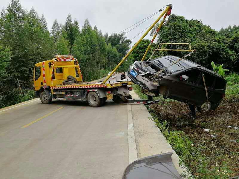 南宁汽车救援抢修 拖车救援