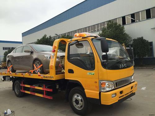 博罗园洲拖车服务部为客户提供优质服务