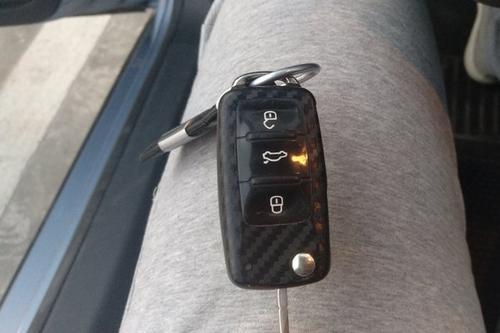 开平开汽车锁配汽车钥匙