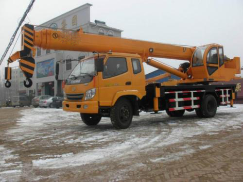 出租8吨-500吨吊车