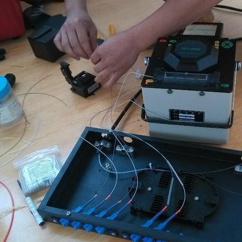 光纤熔接熔接机的正确使用