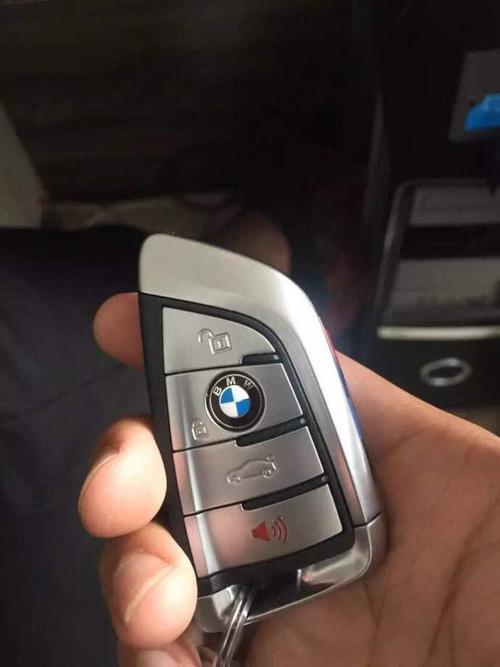 配各种汽车钥匙技术精湛