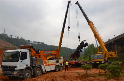 沅陵县专业吊车救援