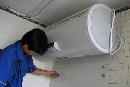 电热水器和燃气热水器