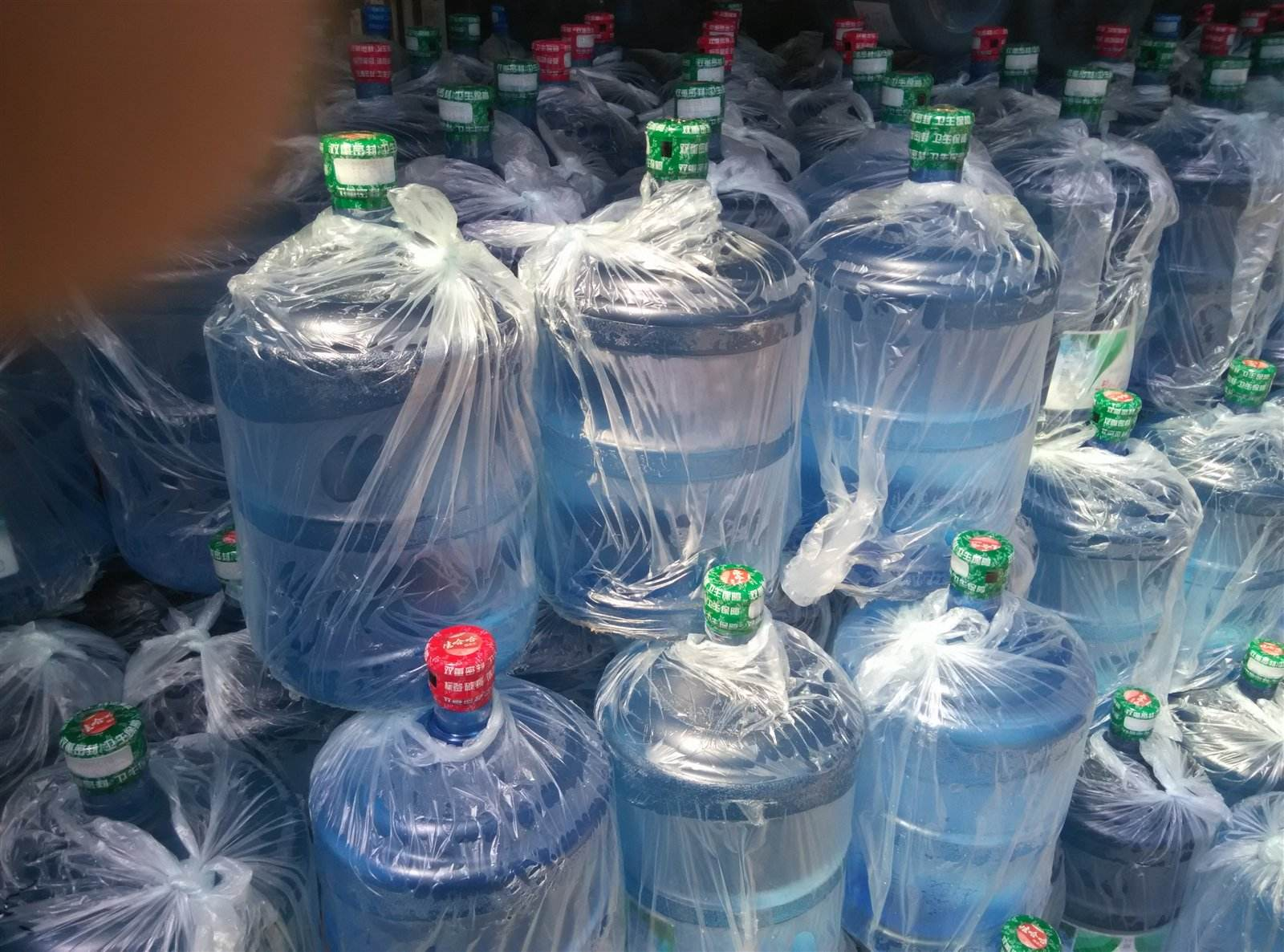 阳江选择桶装水需要考虑哪几个因素