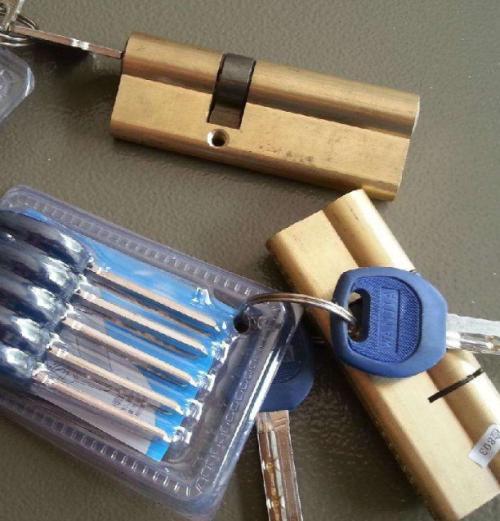 袁州开锁告诉你这样用锁更安全