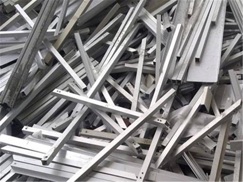 废铁物资回收用途广泛