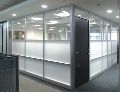 办公隔断常见有几种形式