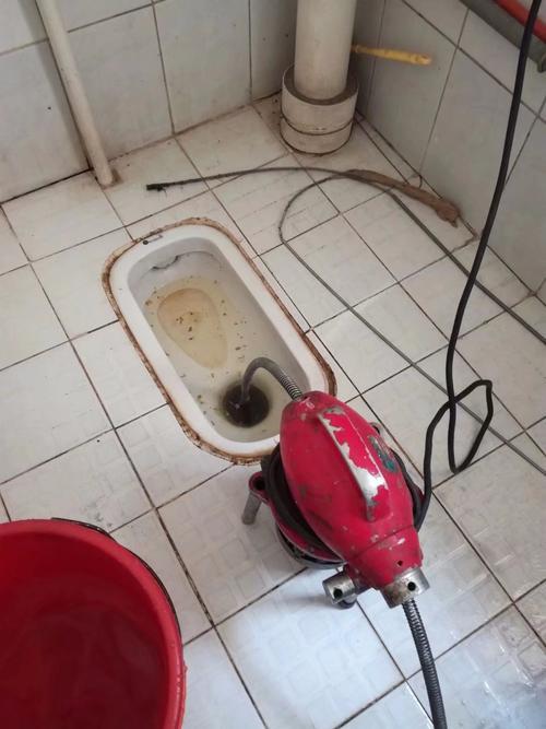 厕所堵塞怎么处理?
