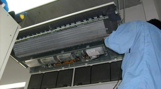 如何正确选择空调维修公司