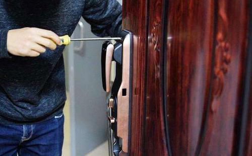 开锁时如何才能够做到不损坏锁