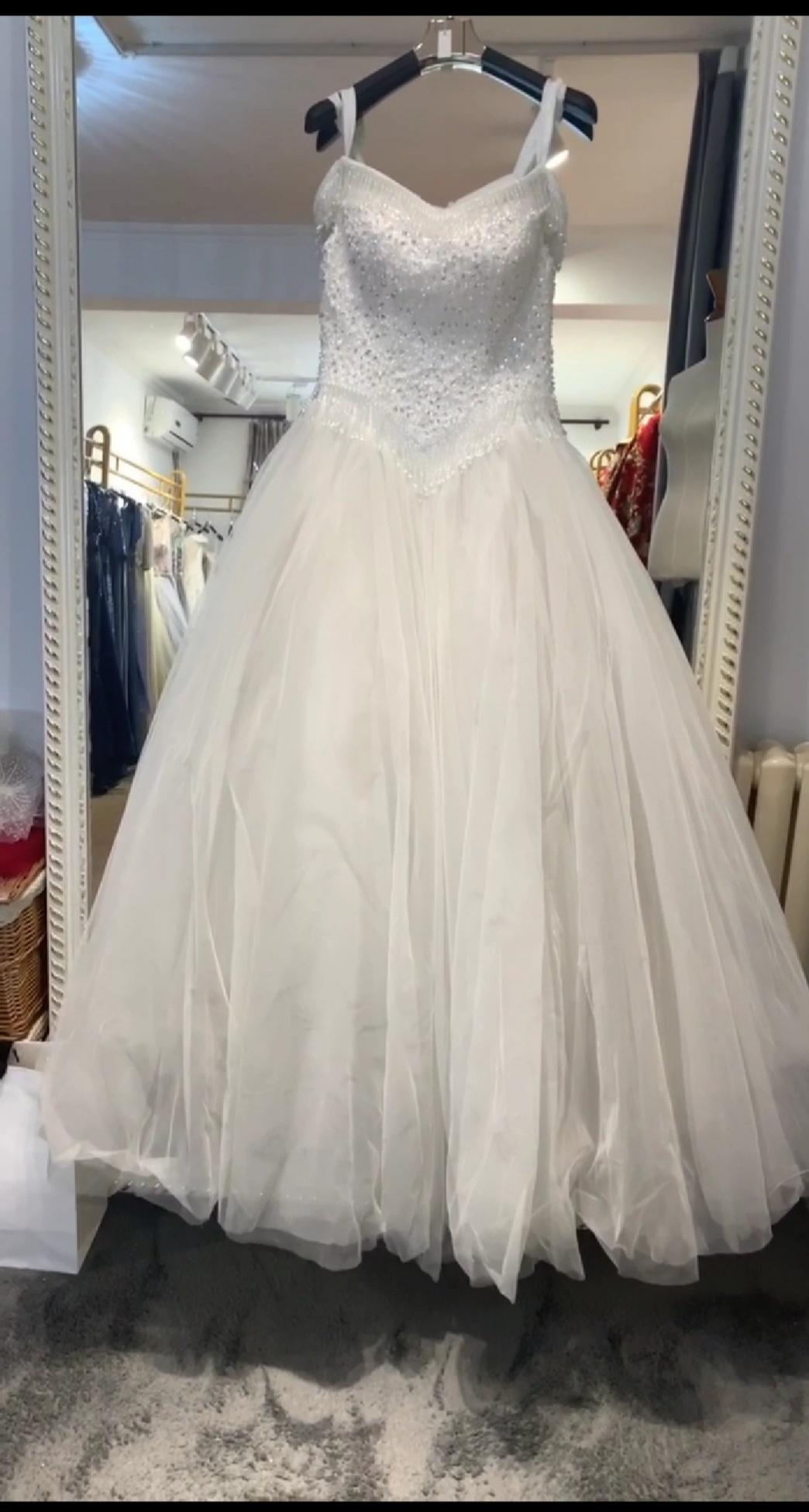 遵义婚纱礼服出租