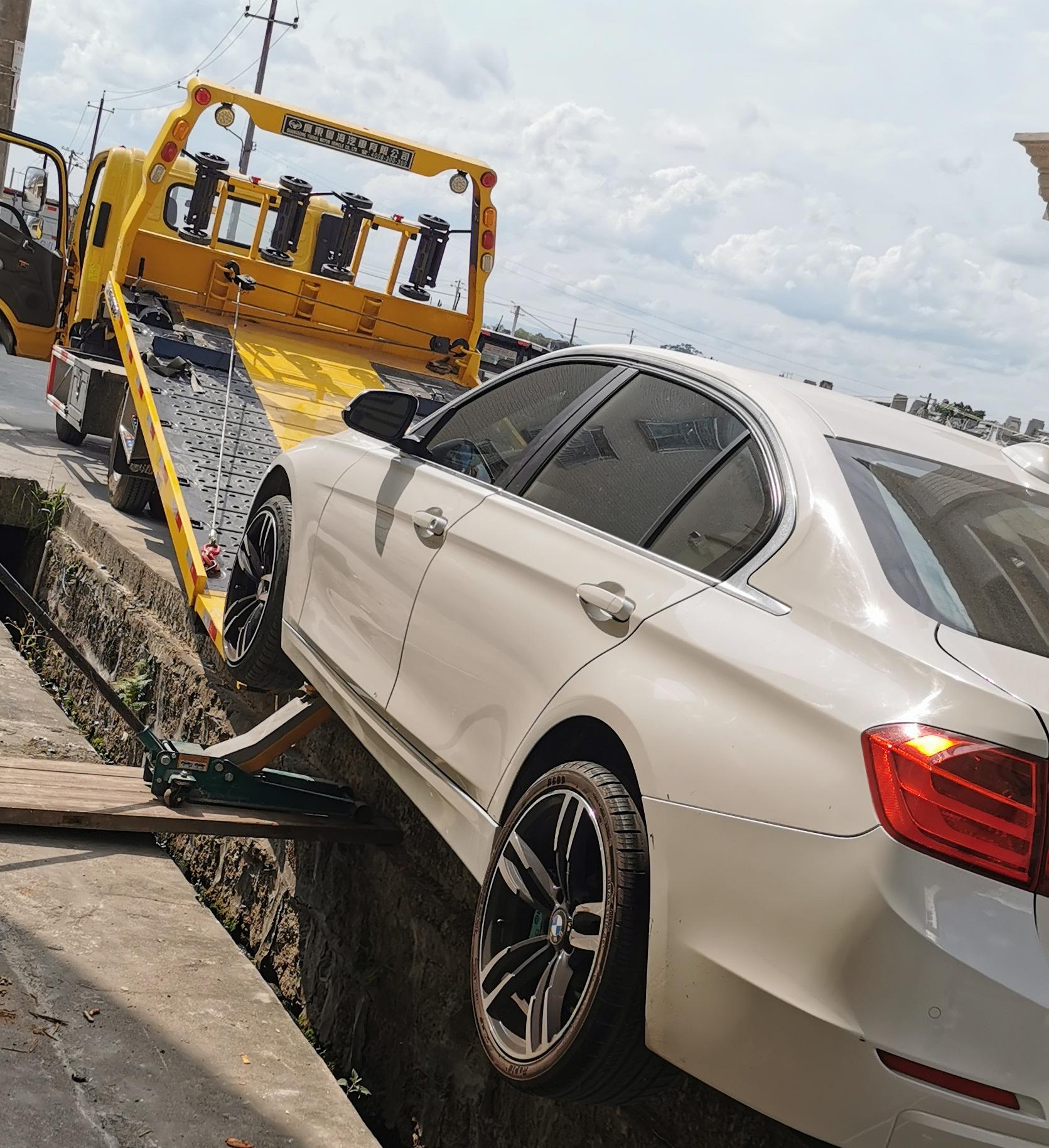汽车救援也是专业的技术活