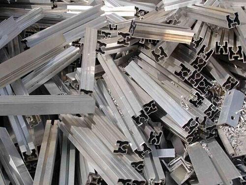 废金属钢再回收利用