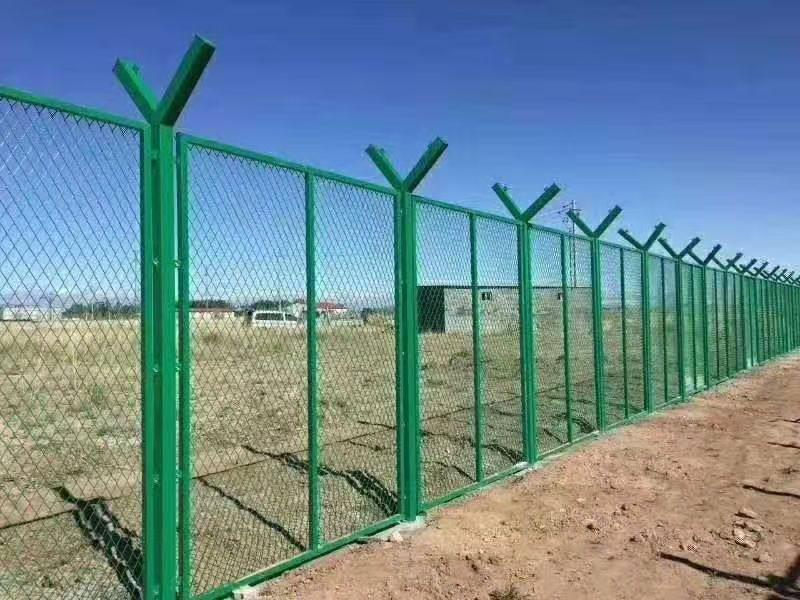 西宁锌钢护栏生产厂家哪家好?
