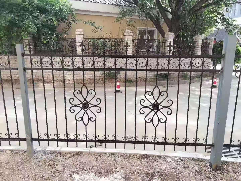 西宁铝艺栏杆-铝艺护栏-西宁铝艺栏杆厂家