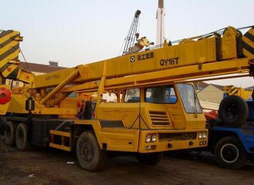 西宁8吨-500吨吊车设备租赁