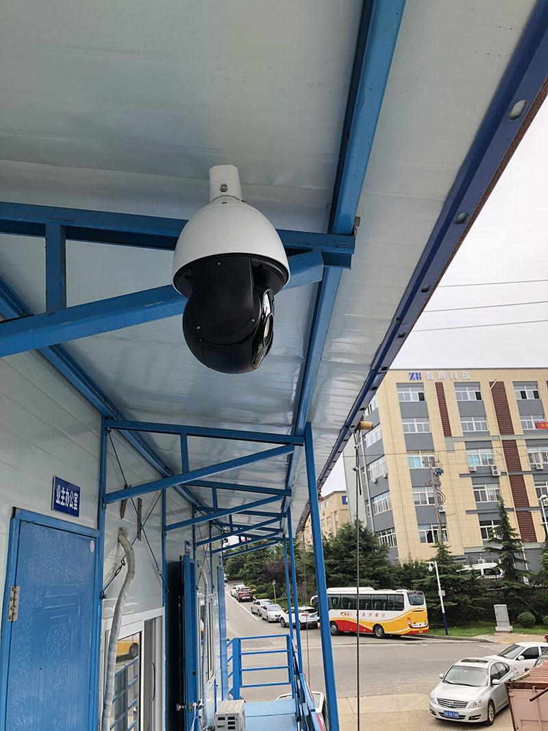 监控摄像机的护罩的作用