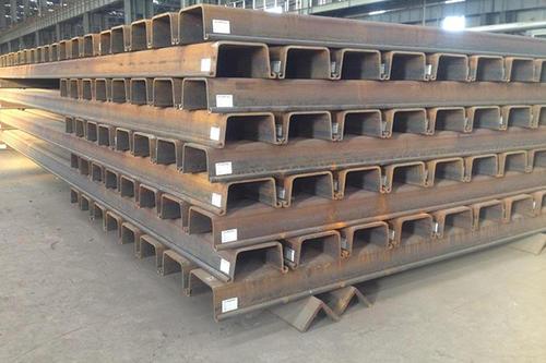 钢板桩导架的安装