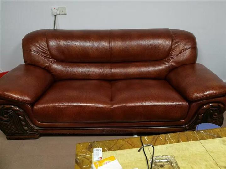 翻新沙发要花多少钱?